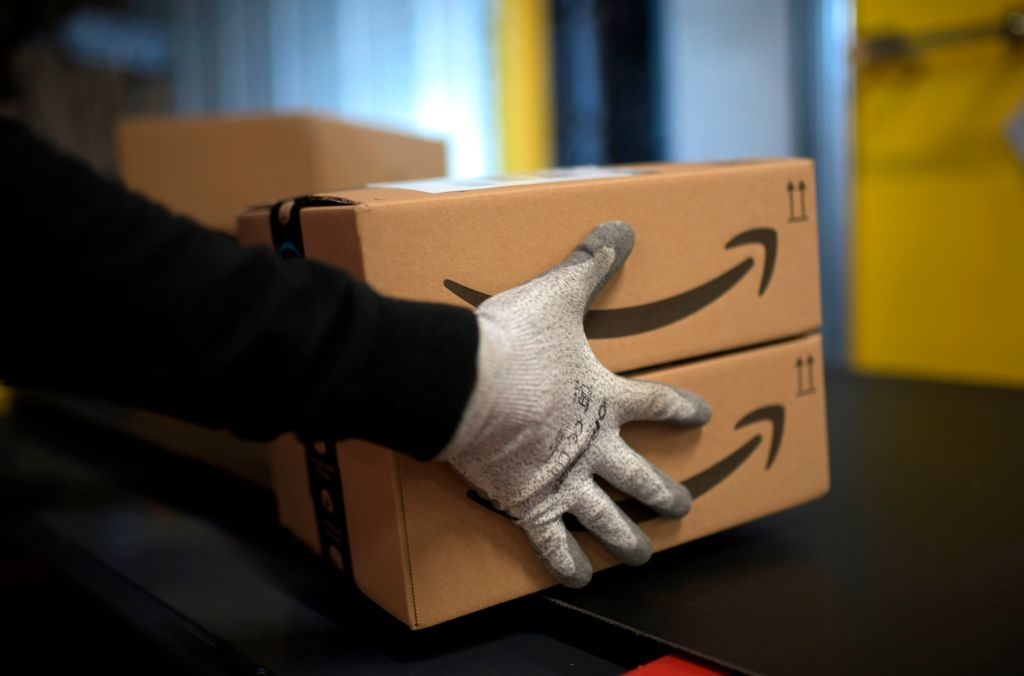 Put On Blast With Ya Nasty A$$: Amazon Delivery Driver Caught Spitting On Packages During COVID-19 Pandemic