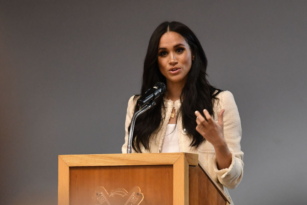 Meghan Markle's Poetic Necklace is a Beautiful Tribute to Prince Harry
