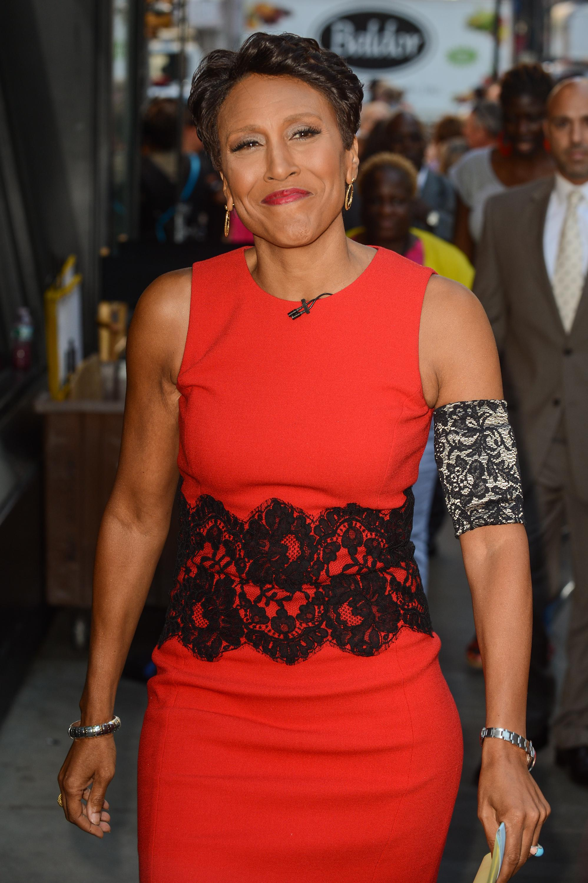 """ABC News Exec Who Allegedly Said Robin Roberts Should Be Glad She's """"Not Picking Cotton"""" Finally FIRED"""