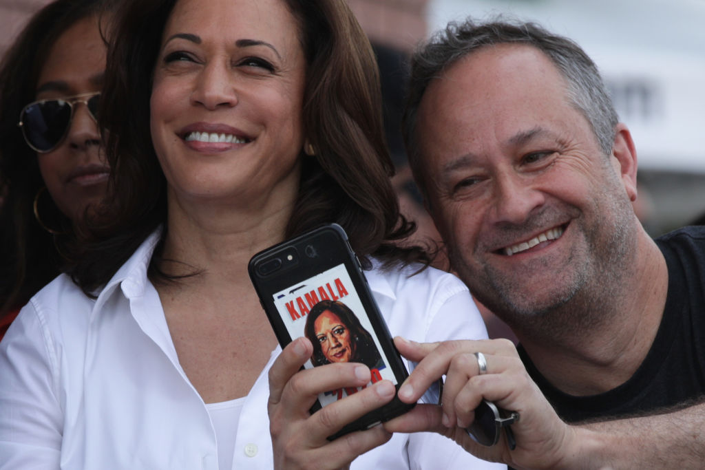 Some Lawyerly Love: Kamala Harris And Hubby Douglas Emhoff Celebrate 6 Years Of Happily Wedded Swirly Bliss