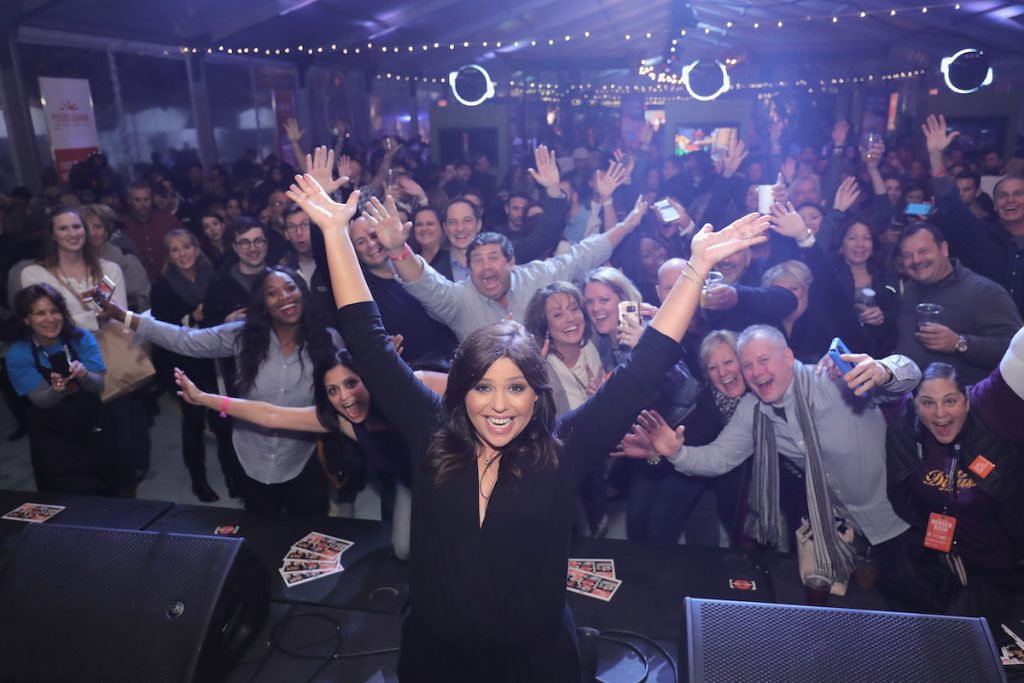 In the Wake of 'Ellen Show' Controversy, Is Rachael Ray Next? Fans Say Yes