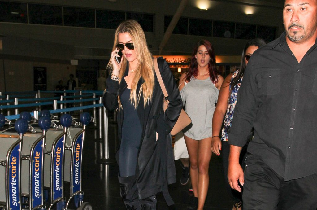 People Think Khloé Kardashian Should Just 'Private Her Accounts' on Social Media