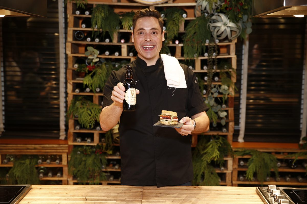 Jeff Mauro Really Wants to Host 'Saturday Night Live'