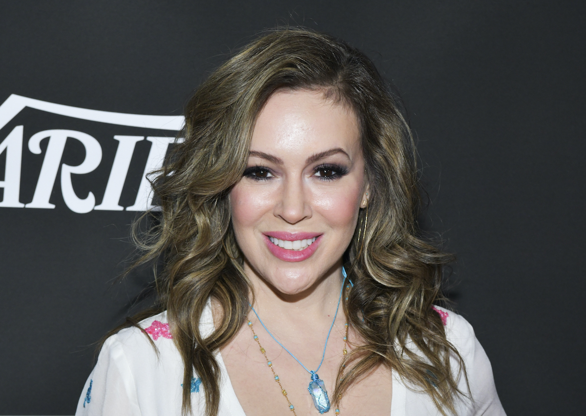 Alyssa Milano's Hairstylist Reveals How He Managed Her COVID-Related Hair Loss